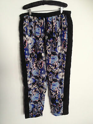 Avella Ladies Plus Size 18 Blue Print Casual Pants, Great Condition