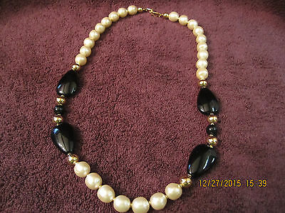 Vintage Faux Pearl, Gold Tone & Obsidian Necklace Retri Jewelry Estate Find WOW!