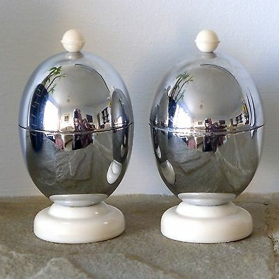 Pair VINTAGE Art Deco KOSY KRAFT chrome bakelite EGG WARMERS / CUPS with liners