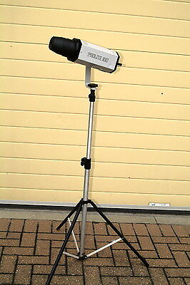 Bowens Prolite 100 with stand