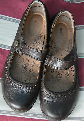 Hush Puppies Ladies Flat Leather Ballerina Style Shoe Size 8 =42 Brown