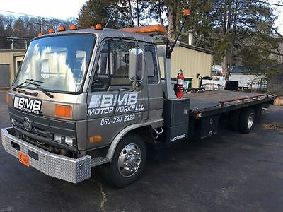 1992 Ud 2300 Flatbed Tow Truck