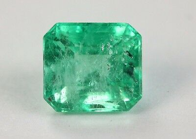 Spring Green 1.66 Carats Translucent Loose Emerald Cut From Muzo
