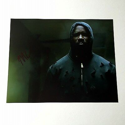 MIKE COLTER Luke Cage Signed 10x8 Photograph - COA   b