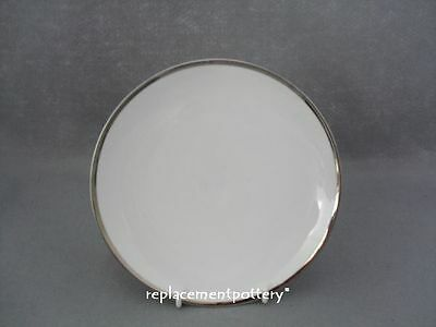 Thomas Medallion Platinum Dessert Plate / Broad Band