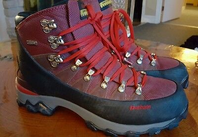 Dunham Waffle Stomper Premiere MWH900 Hiking boots.