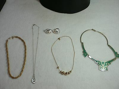 4 Vintage Necklaces And A Pair Of Earrings F-5