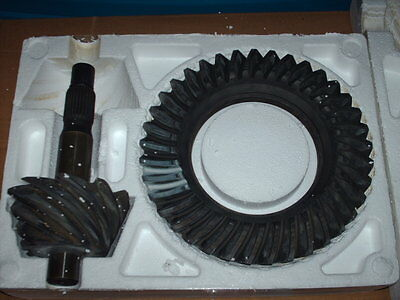 "9"" ford 3.70  ratio street gear -  BRAND NEW in the box !"