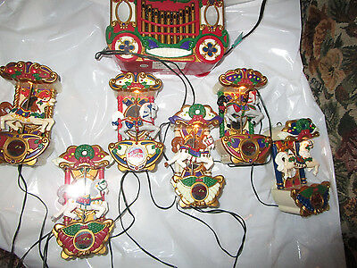 Vintage 1992 Mr Christmas Holiday Carousel with 6 Lighted Moving Musical Horses