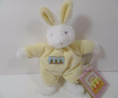 New Bunnies By The Bay Plush White & Yellow BLOOM Bunny Rattle Toy 854106
