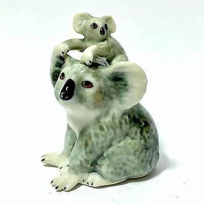 Miniature Cute Baby With Mom Koala Bear Statue Ceramic Figurine Collectibles