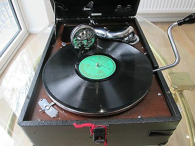 """"""" His Masters Voice"""" portable gramophone model 102 in nice condition and fully s"""