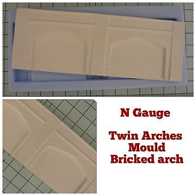 N Gauge Twin Lineside Arches Mould - Stone Arches With BRICK Walling - N-Scale