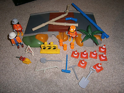 Playmobil road construction 3126 set with extras