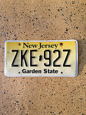 New Jersey License Plate Reg ZKE-92Z Expired