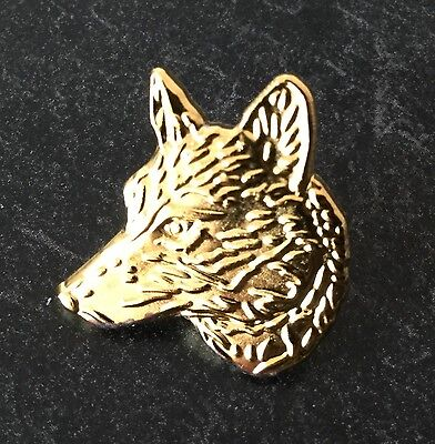 Gold 3D Wolves Head Pin Badge - Very Rare And Collectible