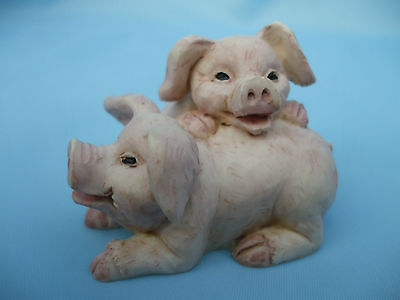 Collectable Pair of Pink Pigs Ornament