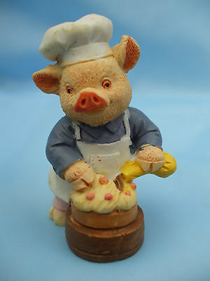 Collectable Chef Pig Ornament