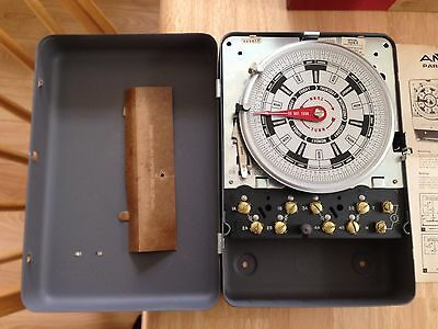 Paragon Timer time Switch Model 7008-0