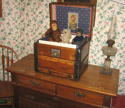Antique Steamer Trunk Vintage Victorian Wooden Hat Box Or Doll Teddy Bear Chest