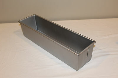 "Focus Foodservice 16"" x 4"" Pullman Bread Pan"