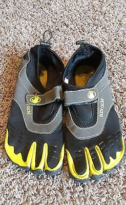 mens body glove water toe shoes Barefoot 3t size 11