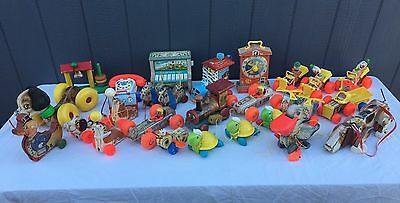 Vintage Lot of 28 Fisher-Price Pull Toys Jolly Jalopy  Bee Seal Dog Race Car Etc