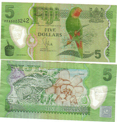 Fiji $5 dollar note bill circulated