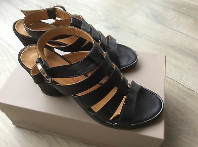 Chaussures femme SAN MARINA taille 37