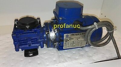 Motovario Worm Gearbox NMRV030 0,9kW 1330/rpm out 266/rpm MS5624 moto reducteur