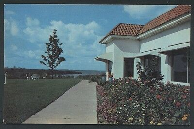 Dee's Nob Hill Lake Monona  Wisconsin Restaurant Postcard