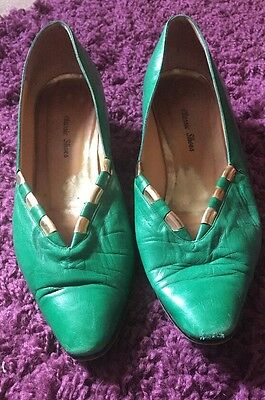 Vintage Green & Gold Shoes Size 7