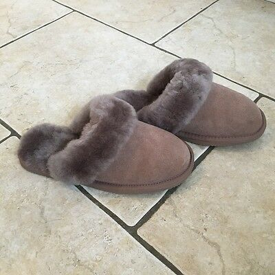 Ladies Snugrug Sheepskin Mule Slippers Size 4 Brand New & Boxed, Brown