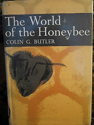 The World of the Honeybee - Colin J Butler - Hdbk - Ex library - New Naturalist