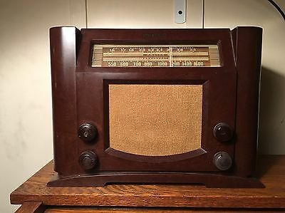 1941 Philco Radio Model 41-230 Works And Receives Stations