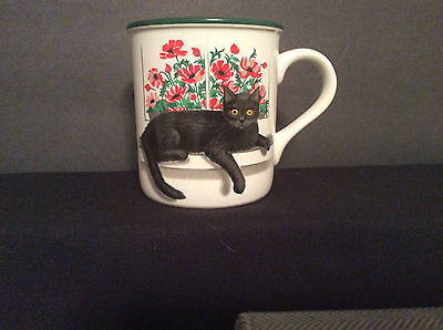 Coffee Tea Mug Cleopatra Black Cat Red Flowers White Green 1991 Potpourri Press