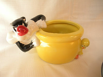 Sylvester And Tweety Bird Ceramic Planter Candy Dish - Warner Brothers