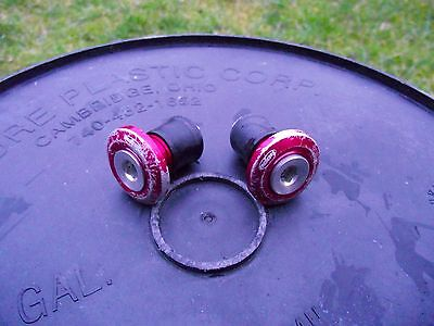 Hope Grip Doctor Bar End Plugs In Red