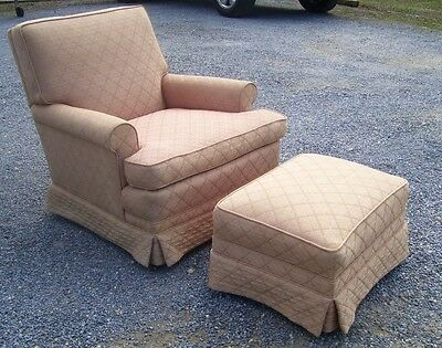 Vintage Mid Century Club Lounge Chair And Matching Ottoman