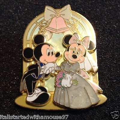 Mickey Mouse and Minnie Mouse - Wedding Disney Pin