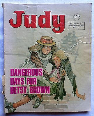 JUDY. PICTURE STORY LIB FOR GIRLS. No 221 DANGEROUS DAYS FOR BETSY BROWN. 1981