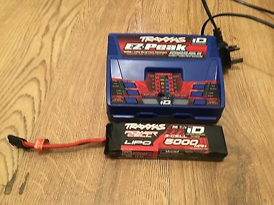 Traxxas i D dual charger and 3s 5000mah Traxxas i d lipo battery radio control