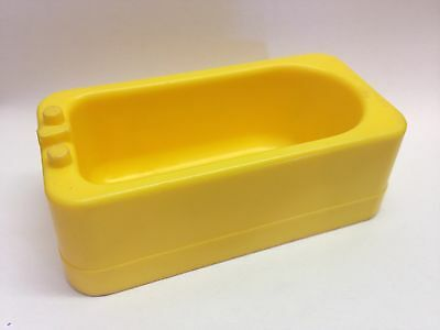 Vintage Fisher Price Little People  #725 Yellow Tub Play Family House Bathroom