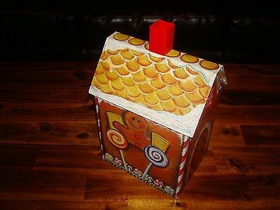 # ONE Gingerbread House made of Tin with Lid