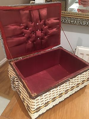 Vintage 1960's Small Rectangle Wicker Sewing Pot Box Basket
