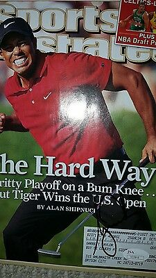 Tiger Woods Autographed Signed Sports Illustrated Magazine ..JSA CERTIFIED
