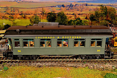 ACCUCRAFT 54mm, 1/32 SCALE-Colorado & Southern-Coach 56, Passengers & Lighting