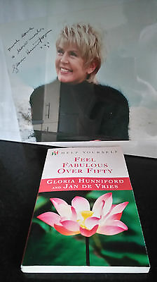 Gloria Hunniford autograph signed book & photo 10x8 inches