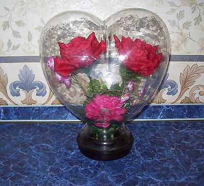 Vintage The Huge Figure Figurine HEART of glass inside a BOUQUET OF FLOWERS