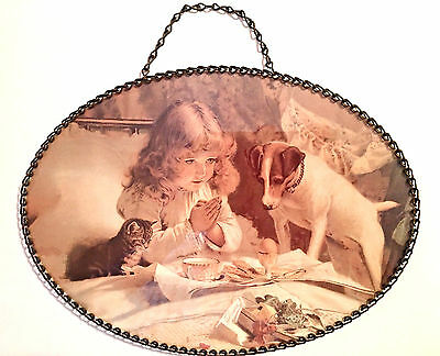 GALLERY GRAPHICS Flue Cover with Little Girl Praying with Dog & Cat